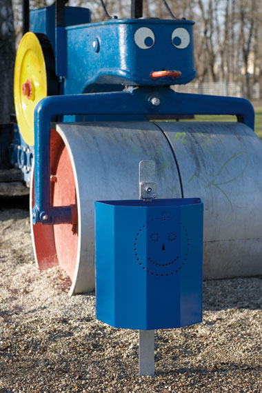 abfallbeh-lter-bucket-in-blau-mit-smiley