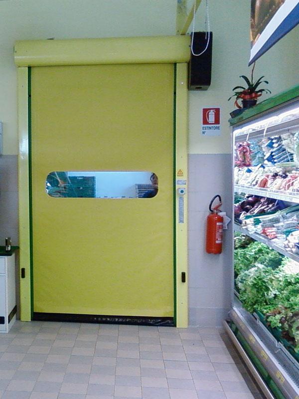 schnelllauftor-comfort-supermarkt_2